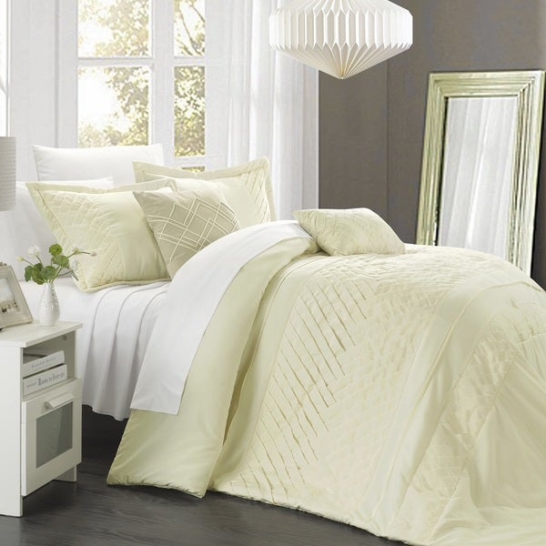 Chic Home 5-piece Corona Pleated Handmade Technique Comforter Set