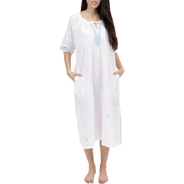 La Cera Women's Embroidered Smock Nightgown