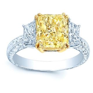 Platinum and 18k Yellow Gold 5 3/5ct TDW Fancy Yellow Diamond Gia-certified Ring (H-I, VS1-VS2)