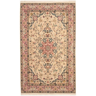 Herat Oriental Persian Hand-knotted Tabriz Ivory/ Rose Wool Rug (5' x 8')