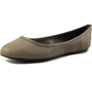 Mia Women's 'Ballerina' Faux Leather Casual Shoes
