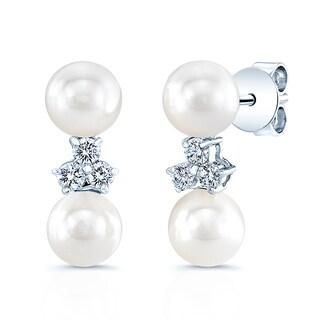 14k White Gold Cultured Akoya Pearl 1/5ct TDW Diamond Earrings (H-I, VS1-VS2) (6-6.5mm)