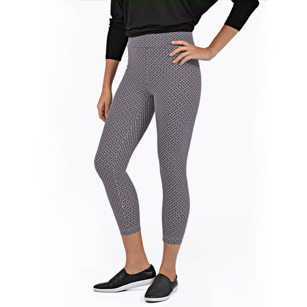Women's Cropped Length Diamond Pattern Legging