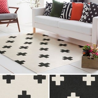 Hand-Tufted Pall Wool Rug (7'6 x 9'6)