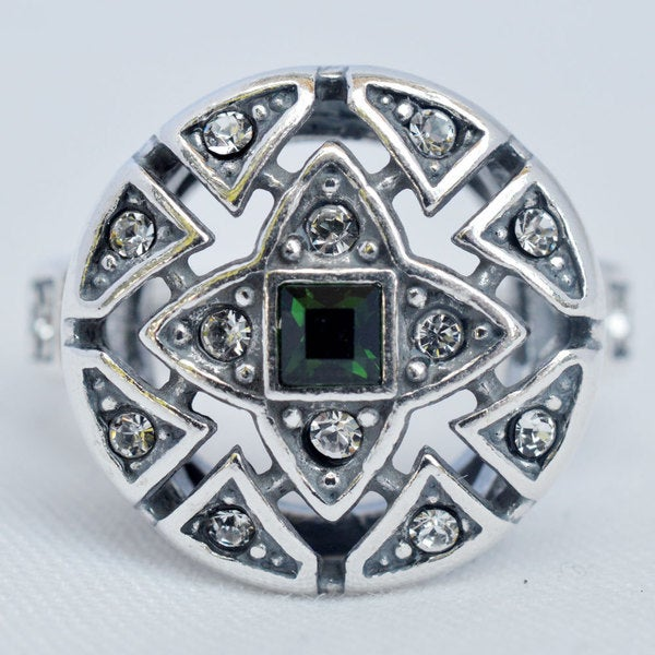 Silverplated 'Verta' Ring with Green and Clear Swarovski Crystals