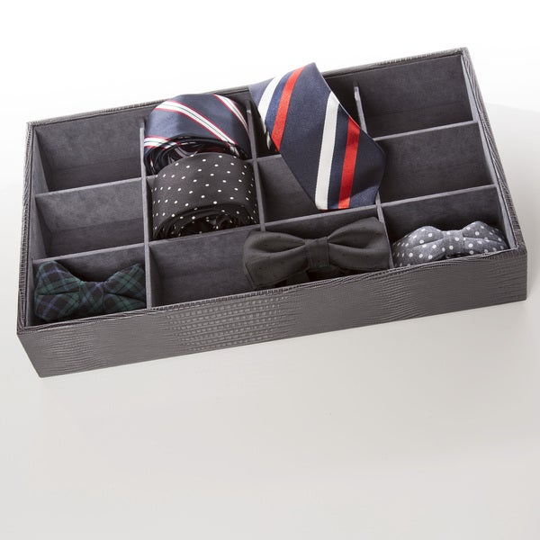 Roll 'Em Up Tie Box