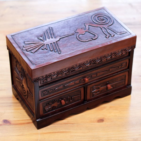 Cachimbo Wood Leather 'Ancient Memories' Jewelry Box (Peru)