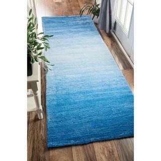 nuLOOM Handmade Modern Solid Ombre Blue Runner Rug (2'6 x 8')
