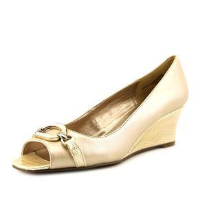 Bandolino Women's 'Gretchen' Synthetic Sandals