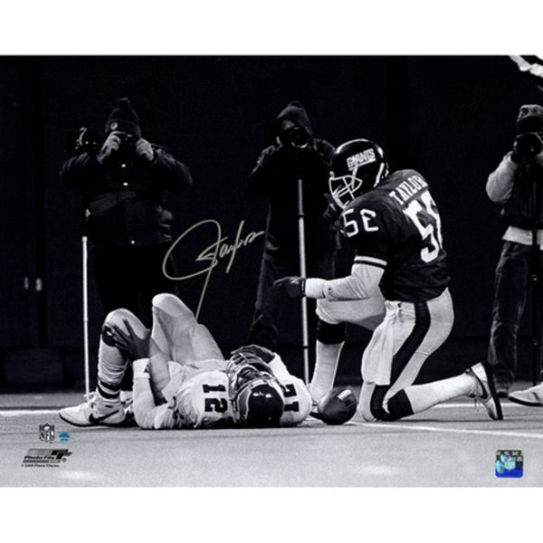 Lawrence Taylor Sack over Randall Cunningham Horizontal B&W 16x20 Photo