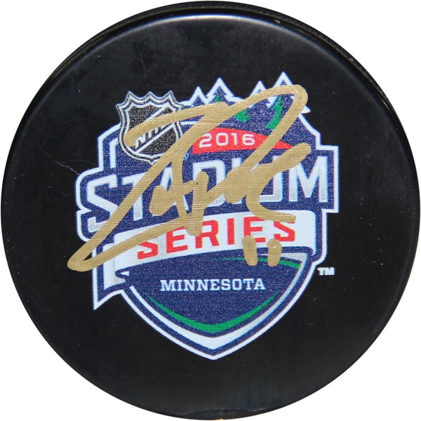 Zach Parise Signed 2016 Stadium Series Minnesota Logo Official Puck