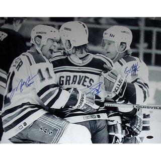 Graves Leetch & Messier Triple Signed B&W Celebration w/Captain Insc.16x20 Photo 17298409