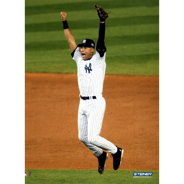 Derek Jeter 2009 WS Celebration 8x10 Vertical Photo uns (Getty #92777132)- We Print