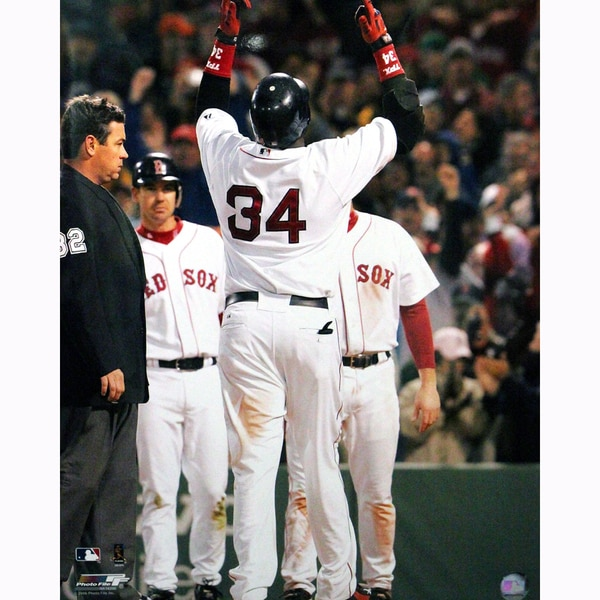 David Ortiz Pointing to Sky 16X20