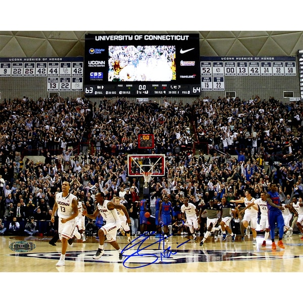 Shabazz Napier Signed Connecticut Huskies Buzzer Beater 8x10 Photo (Signed in Blue)