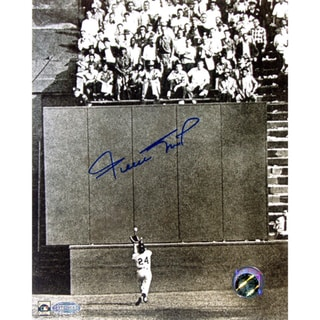 Willie Mays The Catch 8x10 Photo (Say Hey! Holo Only)