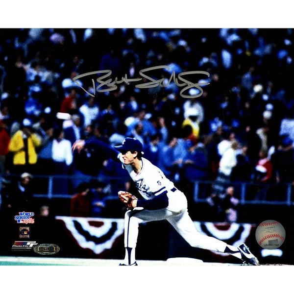 Bret Saberhagen Signed Pitching 1985 WS Horizontal 8x10 Photo
