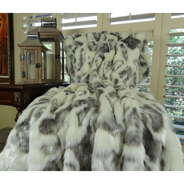 Plutus Ivory Rabbit Faux Fur Handmade Throw