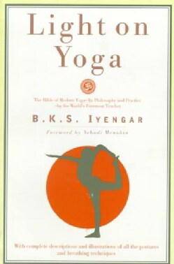 Light on Yoga: Yoga Dipika (Paperback)