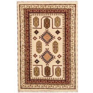 Herat Oriental Indo Hand-knotted Tribal Kazak Ivory/ Burgundy Wool Rug (4'1 x 5'10)