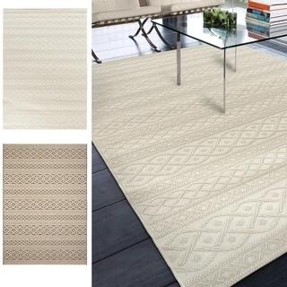 """Indoor/Outdoor Stripes Fisherman's Knot Area Rug (5'1"""" x 7'6"""")"""