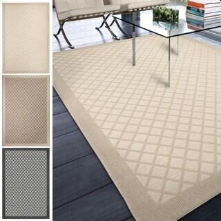 """Indoor/Outdoor Geometric Lattice Crossing Area Rug (5'1"""" x 7'6"""")"""