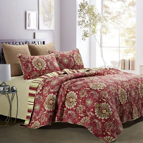 Castelli Pre-washed Cotton 3-piece Full/Queen Quilt Set