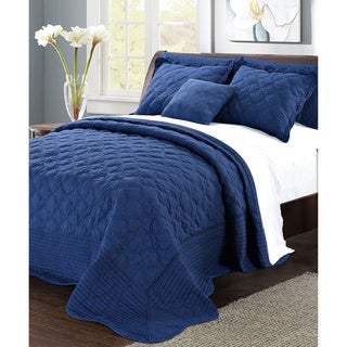 Serenta Solid Quilted Quatrefoil Cotton 4-Piece Bedspread Set