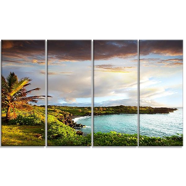 Designart - Hawaii Oahu Island - 4 Panels Photography Canvas Art Print