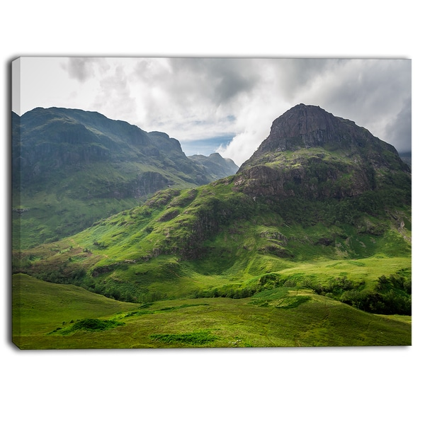 Designart - Summer in Scotland - Landscape Photo Canvas Print