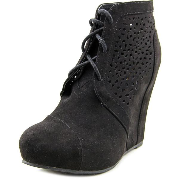 Famous Name Brand Women's 'Free Spirit' Faux Suede Boots