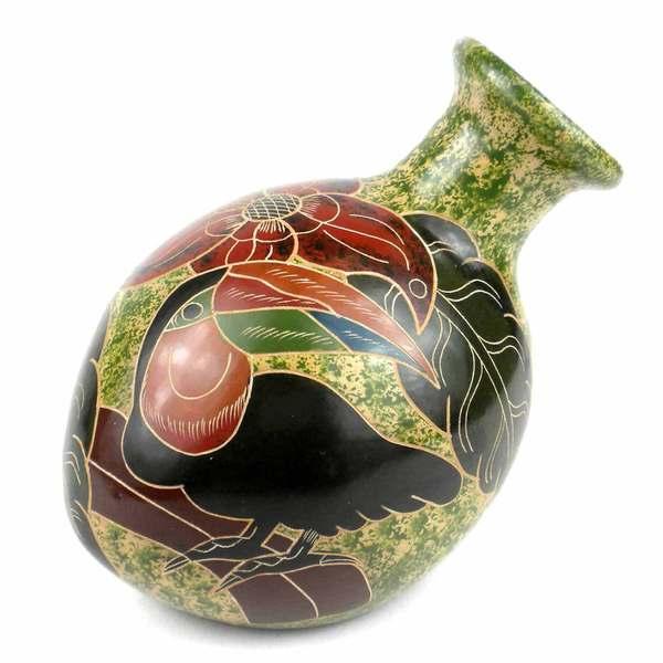 Handmade 5-inch Tall Tilted Vase - Toucan Design (Nicaragua)