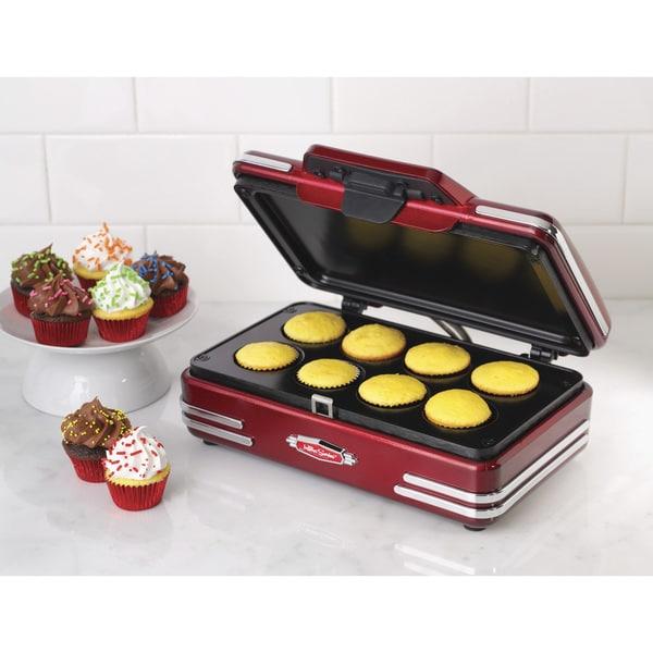 Nostalgia RCKM700 Retro Series '50s-Style Mini Cupcake Maker