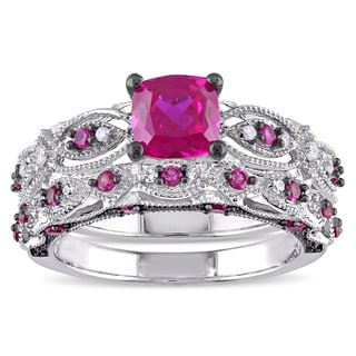 Miadora Signature Collection 10k White Gold Created Ruby and 1/10ct TDW Diamond Bridal Ring Set (H-I, I2-I3)