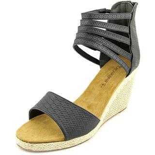 Bearpaw Women's 'Calla' Faux Leather Sandals