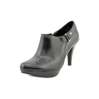 Bandolino Women's 'Cassion' Leather Boots