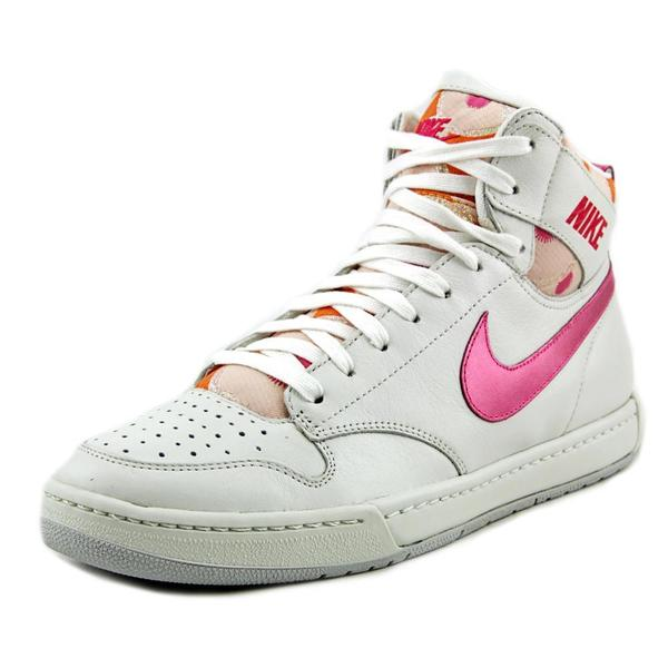 Nike Women's 'Air Royalty' Leather Athletic