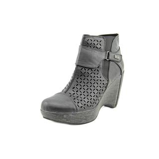 Jambu Women's 'Olivia' Basic Textile Boots
