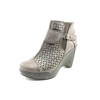 Jambu Women's 'Olivia' Faux Leather Boots