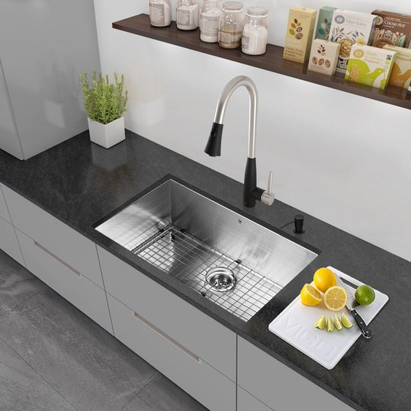 VIGO All-in-One 30-inch Stainless Steel Undermount Kitchen Sink and Milburn Stainless Steel/Matte Black Faucet Set 17597172