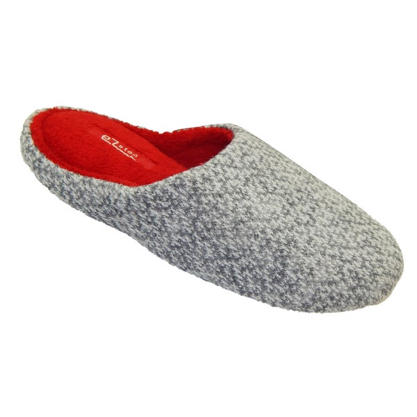Vecceli Women's Fuzzy Grey Slippers