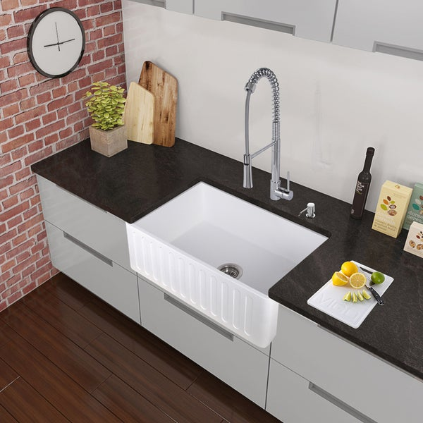 VIGO All-in-One 33-inch Matte Stone Farmhouse Kitchen Sink and Laurelton Chrome Faucet Set