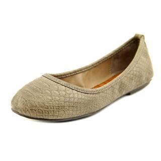 Mia Women's 'BallerinaX' Faux Leather Dress Shoes