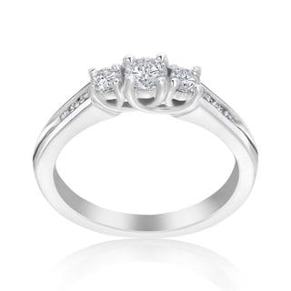 Andrew Charles 14k White Gold 1/2ct TDW 3-Stone Diamond Ring (H-I, SI2-I1)