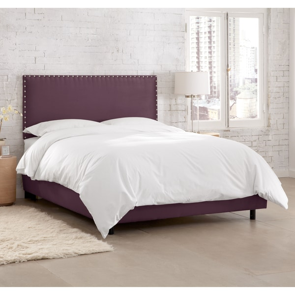 Skyline Furniture Premier Purple Nail Button Border Bed