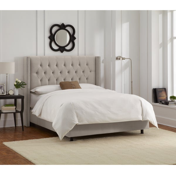 Skyline Furniture Light Grey Velvet Diamond Tufted Wingback Nail Bed