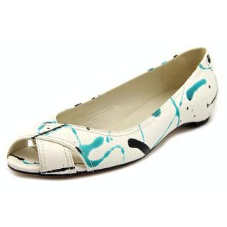 Stuart Weitzman Women's 'Nuexflat' Nappa Dress Shoes