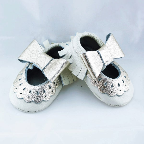 Genuine Leather Off-white Mary Jane Baby/ Toddler Moccasin 2-2.5 Years Shoes
