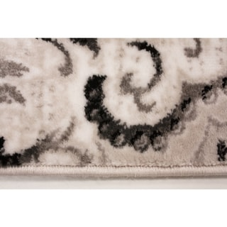 "Plait Venetian Silver Damask Rug (2'8 x 4'11) - 2'8"" x 4'11"""