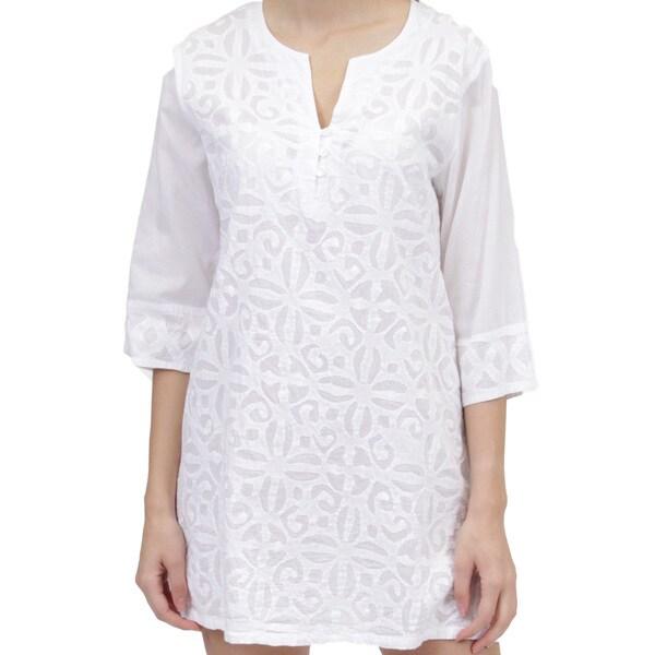 La Cera Women's 3/4 Sleeve Applique Top